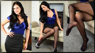 MONA Italian Collection 15 denier black pantyhose review with Cassie Clarke