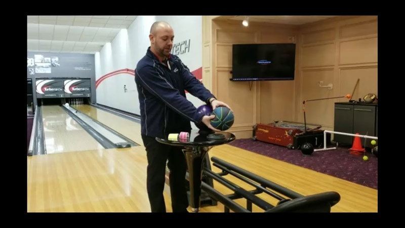 How to properly squeeze and/or release a bowling ball