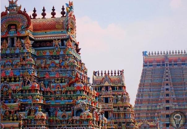 Храм Ранганатхасвами - древний закрытый храм Индия страна с очень богатой историей. На ее территории существовала ни одна древняя цивилизация, оставившая после себя множество артефактов.
