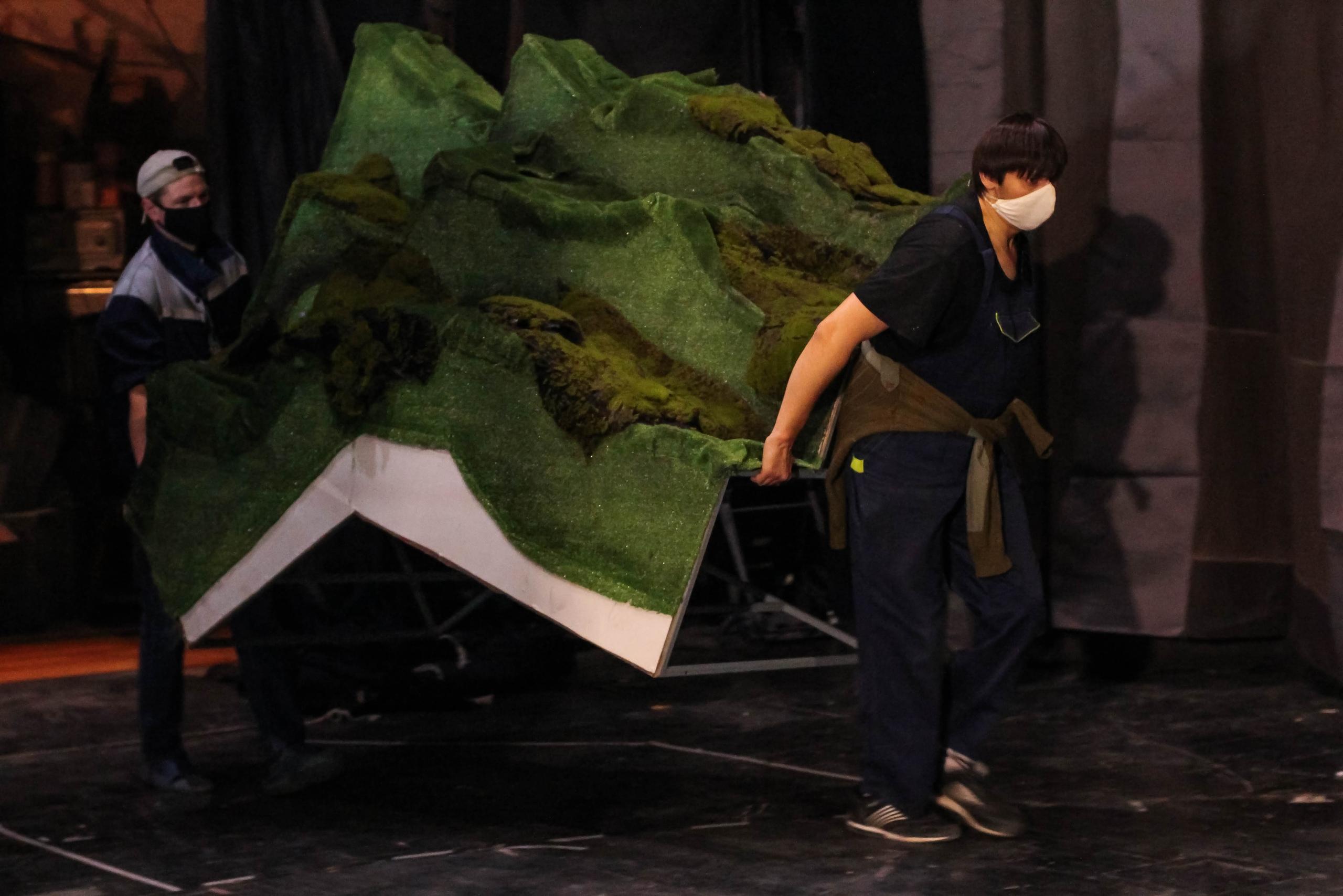 Секреты закулисья: кто остается в Тверском театре юного зрителя после спектакля
