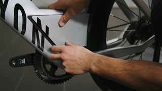 How to open and close the toolbox   Canyon Speedmax CFR