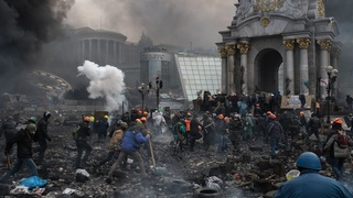 В США вышел фильм о причастности Байдена и Сороса к Майдану на Украине