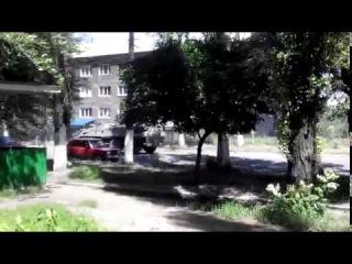 Крымские бойцы Танки бтры и много техники уже  в Горловке 20 06