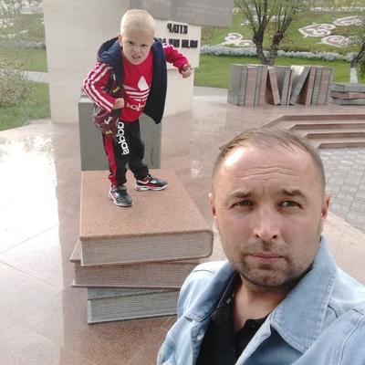Мухтар Мурзахметов