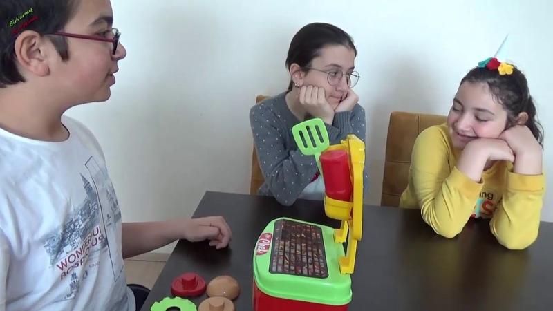 Hamburger Seti ile Eğlenceli Evcilik Oyunu oynadık Kim buna şaşırdı