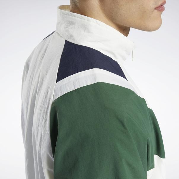 Спортивная куртка Classics Twin Vector image 6