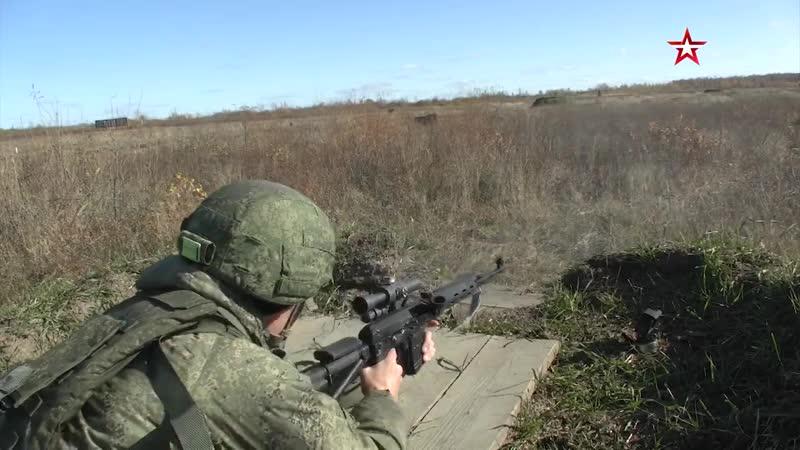 Куклы приманки и дымовые завесы стрелки ВВО поучаствовали в снайперских дуэлях