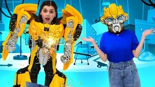 Игры с Трансформерами - Автобот Бамблби на заводе Роботов! - Новые видео для мальчиков в онлайн шоу.